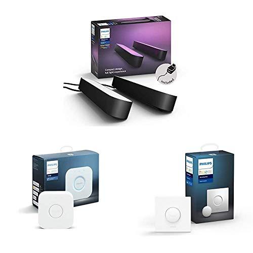 Philips Hue Play Barra de luz regulable, luz blanca y de colores, incluye alimentador (2 unidades) + Interruptor Smart Button + Puente de conexión controlable vía WiFi, iluminación inteligente