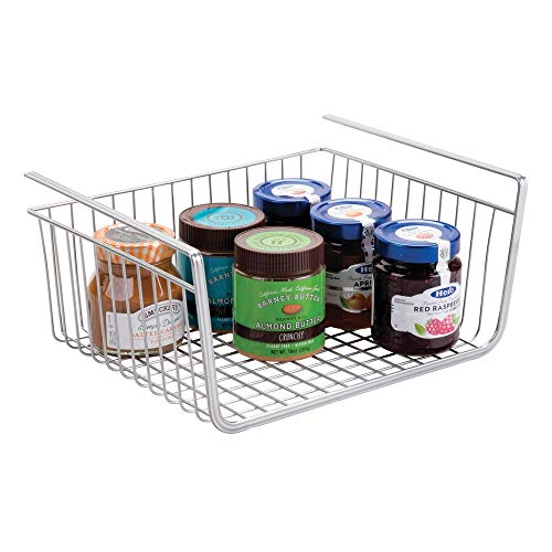 mDesign Hängekorb aus rostbeständigem Metall – großer Aufbewahrungskorb für die Küche und Vorratskammer – robuster Drahtkorb für Lebensmittel und Küchenutensilien – silberfarben