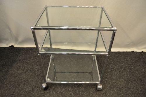 Glascontainer, Rollcontainer USM-Haller, 3x Ablage Glas, offen