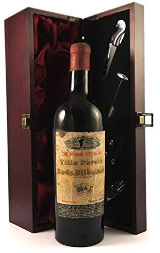 Rioja Villa Paceta 1947 Bods. Bilbaines en una caja de regalo forrada de seda con cuatro accesorios de vino, 1 x 750ml