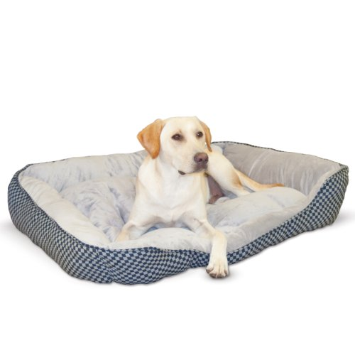 K&H Pet Products Self-Warming Lounge Sleeper Dog Bed
