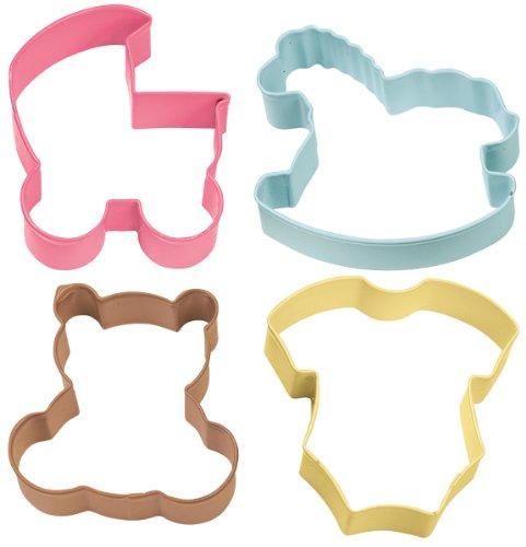 Wilton, 0260829, Set 4 tagliapasta baby, metallo colorato, colori assortiti, carrozzina, body, cavallo a dondolo e orsetto