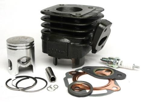 50ccm Zylinder Kit inkl. Zündkerze für Minarelli AC, 10mm Kolbenbolzen, Adly, Aprilia Gulliver, Rally, SR, Benelli 391, Beta Ark, CPI Hussar, Malaguti Ciak F10 F12 F15, Yamaha 50 Neos