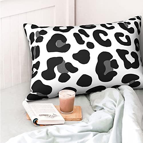 VVSADEB Funda de almohada con estampado de leopardo, color negro, 20 pulgadas x 30 pulgadas, funda de almohada con cremallera, suave y acogedor, arrugas, tamaño estándar, 1 paquete