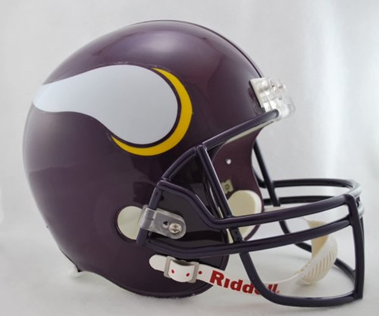 Minnesota Vikings 19832001 Throwback Deluxe Replica Helmet