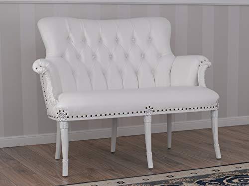 SIMONE GUARRACINO LUXURY DESIGN Sofá Katrin Estilo Barroco Moderno Color Blanco Lacado Detalles Hoja Plata Eco-Piel Blanca Botones Crystal Sw