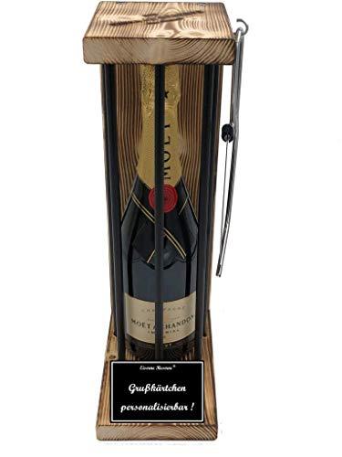 * Personalisierbar Die Eiserne Reserve ® Black Edition mit Champagner Moet & Chandon Brut Impérial 0,75L incl. Bügelsäge zum zersägen der Stäbe - Geschenkidee.