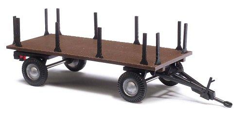 Busch 44979 - Landwirtschaftlicher Anhänger mit Rungen