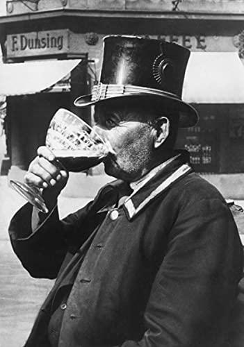 Fotografia antica, autista taxi, birra Berliner Weisse, nero e bianco, Berlino Germania, poster (100 x 142,6 cm)