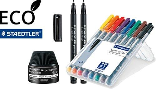 Staedtler 318 WP8 Lumocolor Universalstift F-Spitze | Eco-Bundle für Vielschreiber mit 2 schwarzen Stiften und Nachfüllstation | circa 0.6 mm, permanent, 8 Stück in aufstellbarer Staedtler Box