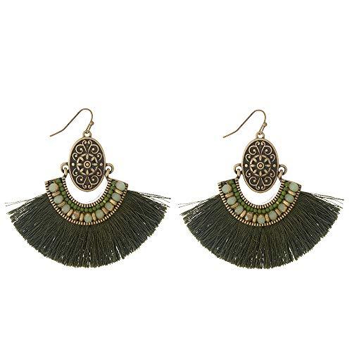 Tata Gisèle - Pendientes de fantasía colgantes de metal dorado, perlas sintéticas y algodón, ovalados de metal dorado envejecido adornados con perlas y flecos, 6,5 cm, color verde