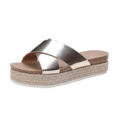 MISS KANG Zapatillas de verano suaves para mujer, sandalias de estilo retro, de aspecto informal, color 40, sandalias planas y suaves para interiores Qingchunw (color: dorado, tamaño: UK5.5)