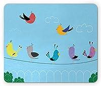 ワイヤーマウスパッド上の鳥、チャットと歌うワイヤー上のカラフルな鳥の漫画スタイルの図、標準サイズの長方形滑り止めゴムマウスパッド、多色