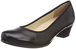 Pumps for wide feet in black
