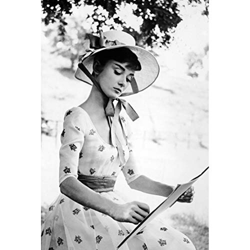 XYMLGS Jigsaw Puzzle 300/500/1000/1500 Pieces For Adult For The Elderly, Superstar Audrey Hepburn Poster Girl Mosaic Art Painting Birthday Gift, Decompression Toy (Size : 300 PCS)