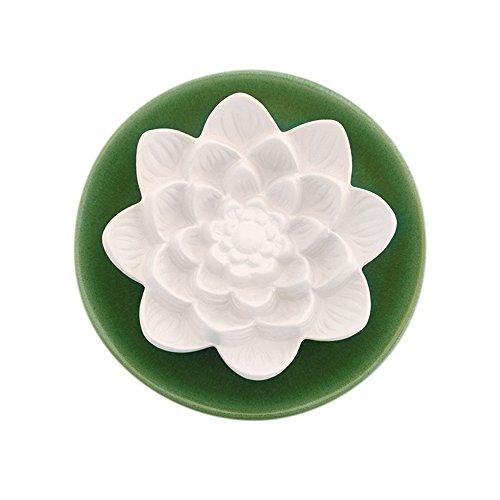 Objeto decorativo aromático, cerámica perfumada Flor de loto grande con platillo verde Altura: 5 cm Ø15 cm