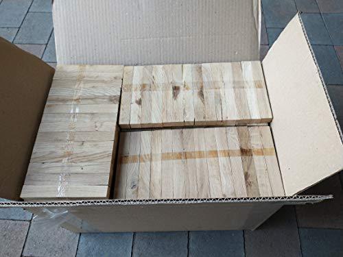 30 kg Eiche Anmachholz – Sehr sauber und trocken – Perfektes Anfeuerholz für eine gemütliche Raumwärme - Ideales Zubehör um Brennholz im Kamin zu entfache (30 kg Anmachholz 16 cm x 2,2 cm x 1,8 cm)