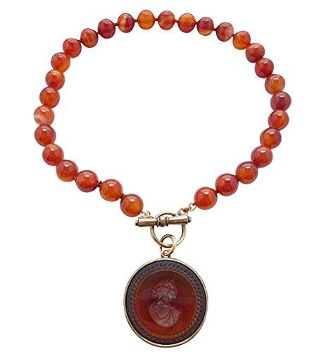 Ein Hingucker: Opulente Carneol-Perlenkette mit cognac-farbenem Glasgemmen-Anhänger von EXTASIA
