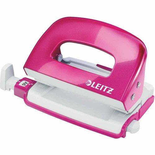 Leitz 50601023 kleiner Locher (10 Blatt, Anschlagschiene mit Formatvorgaben, Metall, Blisterverpackung, WOW) metallic pink