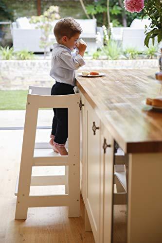 Montessori Lernturm für Kleinkinder mit verstellbarer Höhe und Sicherheitsschiene (Massivholz)