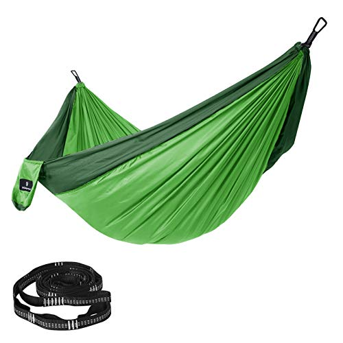 SONGMICS GDC20GN - Amaca ultraleggera, portatile e traspirante, per 2 persone, in nylon per paracadute, portata fino a 300 kg, 300 x 200 cm, con fissaggio di qualità, per viaggi, campeggio, giardino