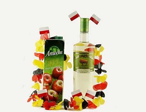 WM Fußball-Set Polska Klassiker | Żubrówka Bison Grass Vodka (0,7 Liter) | Apfelsaft naturtrüb (1,0 Liter) | Hawaikette Deutschland (2x)