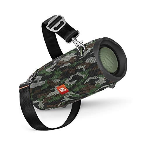 JBL Xtreme 2 Musikbox in Camouflage – Wasserdichter, portabler Stereo Bluetooth Speaker mit integrierter Powerbank – Mit nur einer Akku-Ladung bis zu 15 Stunden Musikgenuss