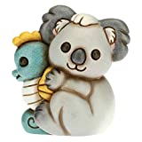 THUN - Soprammobile Koala con Cavalluccio Marino - Accessori per la Casa da Collezionare - Linea Surfing Sydney - Formato Piccolo - Ceramica - 8 x 6,6 x 8,8 h cm