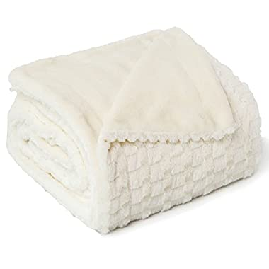 Bedsure Faux Fur Reversible Fleece Throw Blanket – Super Soft Fuzzy Lightweight Throw for Boys Girls Adults (50 x60 , Ivory)