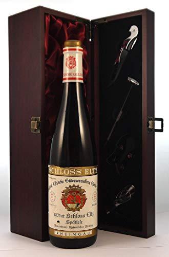 Schloss Eltz Spatlese 1971 en una caja de regalo forrada de seda con cuatro accesorios de vino, 1 x 750ml