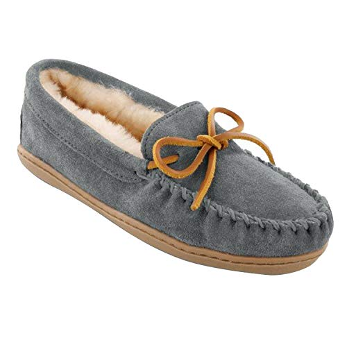 Minnetonka Womens Sheepskin Hardsole Moccasin 9 M Grey