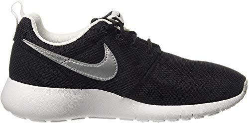 Nike Big Kids Roshe One GS Running Shoes, Black/Silver/White, 7 M US Big Kid