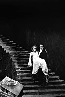 Helen Chandler and Bela Lugosi in Dracula on staircase 24x36 Poster
