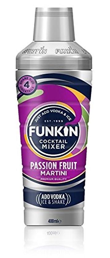 リアル社会学居心地の良いFunkin Shaker Passion Fruit Martini Cocktail Mixer 400ml (Pack of 4) - シェーカーパッションフルーツマティーニカクテルミキサー400ミリリットル x4 [並行輸入品]