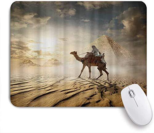 MUYIXUAN Mauspad - Beduine auf Kamel in der Nähe von Ägypten Pyramiden im Nebel - Gaming und Office rutschfeste Gummibasis Mauspads,240×200×3mm