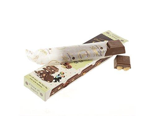 Leone - Barretta di cioccolato al latte con nocciole intere