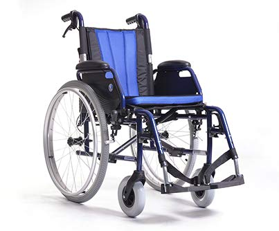 Zusammenfaltbarer Rollstuhl | Hinterräder gepumpt mit Bremsen | Sitzbreite: 46cm | Maximale Belastbarkeit: 130 kg | VERMEIREN JAZZ SB69
