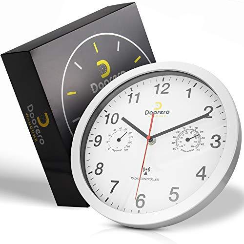 doorero ® Wanduhr – Wanduhr Funk mit geräuschlosem Uhrwerk – Anzeige für Temperatur und Luftfeuchtigkeit – modernes Design (Silber)