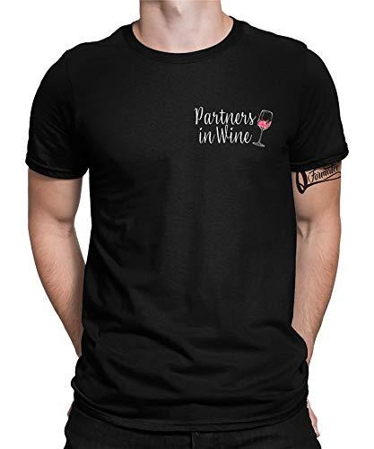 Wein Wine Vino Weinfest Weintrinker Weinliebe Weinliebhaber Weinschorle Weinglas Weißwein Rotwein Rosewein Herren Männer & Frauen Damen T-Shirt