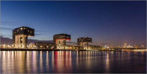 Posterlounge Acrylglasbild 40 x 20 cm: Köln Panorama - Kranhäuser und Kölner Dom von Michael Valjak - Wandbild, Acryl Glasbild, Druck auf Acryl Glas Bild