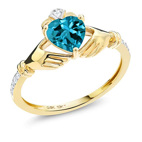 Gem Stone King 10K Yellow Gold London Blue Topaz and Diamond Accent Irish Celtic Claddagh Ring (1.00 Cttw, Available in size 5, 6, 7, 8, 9)