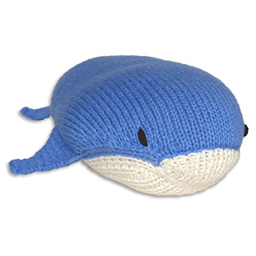 Mama Ocllo Chill n Feel - Strick-Kuscheltier-Blauwal, Meerestier, Kuschelkissen für Kinder, Blau/Weiß, 29 cm, Bio-Baumwolle, Handmade, Fair Trade