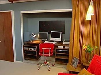 Midcentury-Modern Guest Room