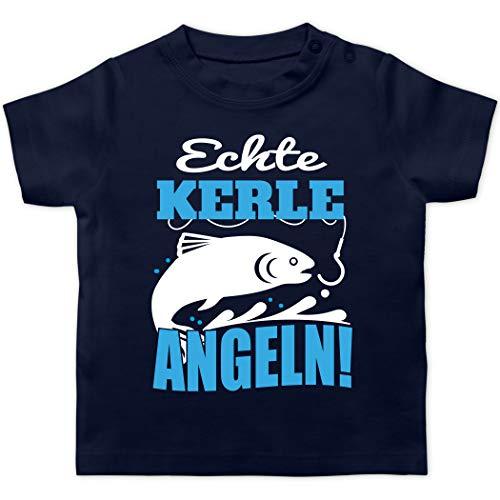 Statement Sprüche Baby - Echte Kerle Angeln Fisch - 6/12 Monate - Navy Blau - T-Shirt - BZ02 - Baby T-Shirt Kurzarm