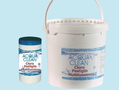 Cloro algicida multifunción 10 kg en pastillas de agua Clean para piscinas