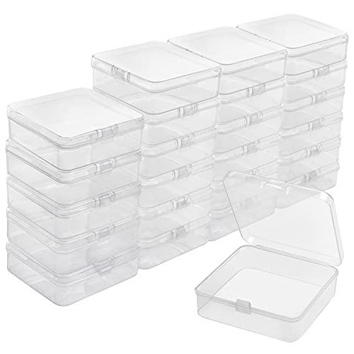 BELLE VOUS Cajas Plastico Pequeñas Transparentes con Tapa de Bisagra (Pack de 24) 8,3 x 8,3 x 2,8 cm - Caja Organizadora Plastico – Mini Recipientes Pastillas, Cuentas, Joyas, Artículos Manualidades