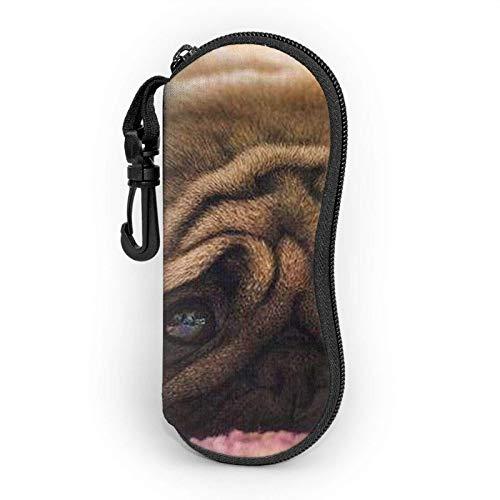 AEMAPE Estuche para gafas Cry Pug para mujeres y hombres Estuche blando para gafas de sol portátiles con mosquetón