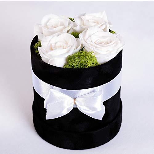 SWEET ROSE DREAMS, Ewige Rosen, Konservierte Rosenblumenschachtel, Echte gefriergetrocknete Blumen, Valentinstag, Letzte 3 bis 5 Jahre, 4-5 Weiß Rosen, Schwarz Velours-Geschenkschachtel.