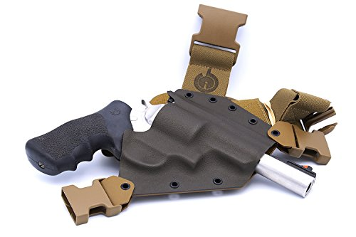 GunfightersINC Kenai Chest Holster for a S&W N Frame, Right Hand, Mas/Grey-Coyote Tan