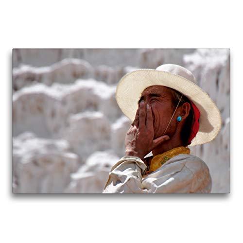Premium Textil-Leinwand 75 x 50 cm Quer-Format Alter Tibeter mit Hut | Wandbild, HD-Bild auf Keilrahmen, Fertigbild auf hochwertigem Vlies, Leinwanddruck von Pia Thauwald